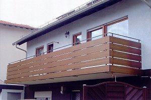 Balkongelander Kunststoff Holzoptik